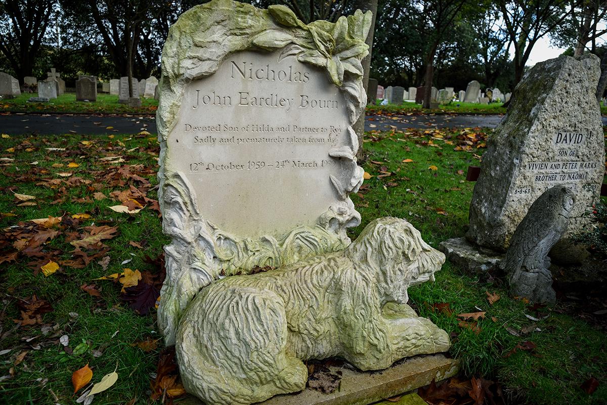 Stone carved headstones memorials dorset
